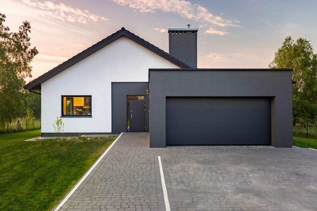 Belle maison moderne et neuve et son garage